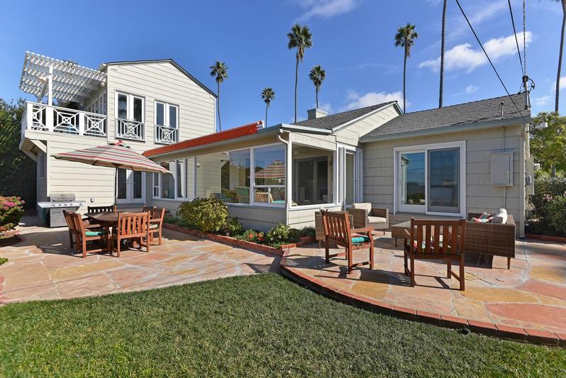 6216 Avenida Cresta -  La Jolla, CA 92037