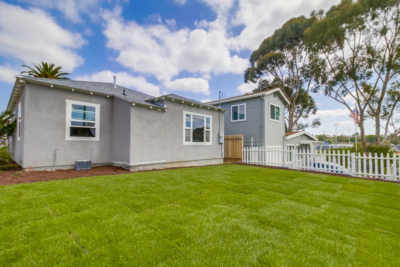 5386 Orange Avenue -  San Diego, CA 92115
