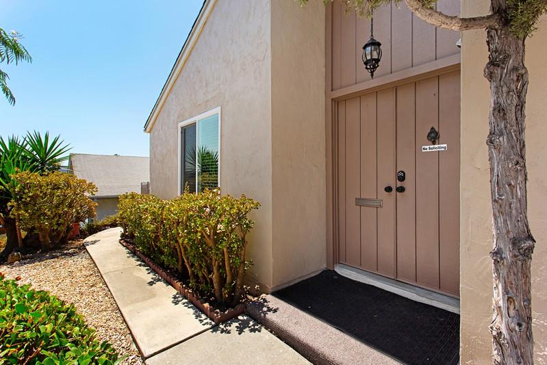 13064 Avenida Grande -  San Diego, CA 92129