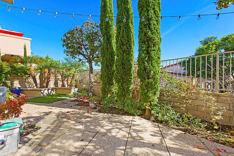 5417 Caminito Bayo -  La Jolla, CA 92037