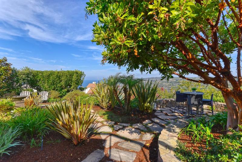 7580 Caminito Avola -  La Jolla, CA 92037