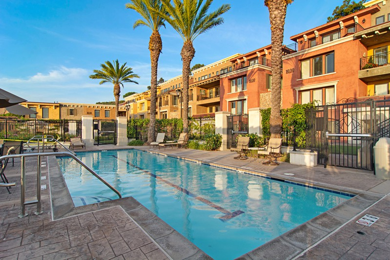 1020 Genter Street #401 -  La Jolla, CA 92037