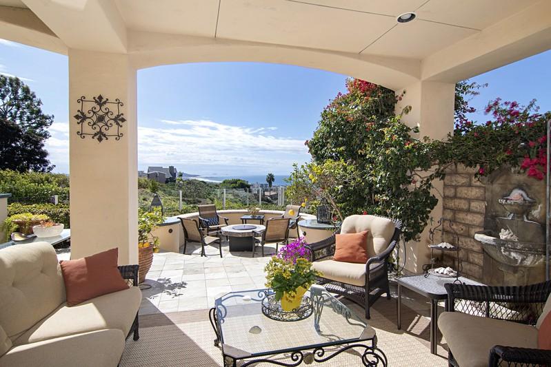 1329 Caminito Arriata -  La Jolla, CA 92037