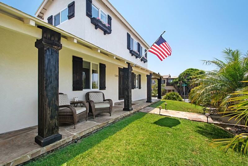 5305 Cass Street -  San Diego, CA 92109