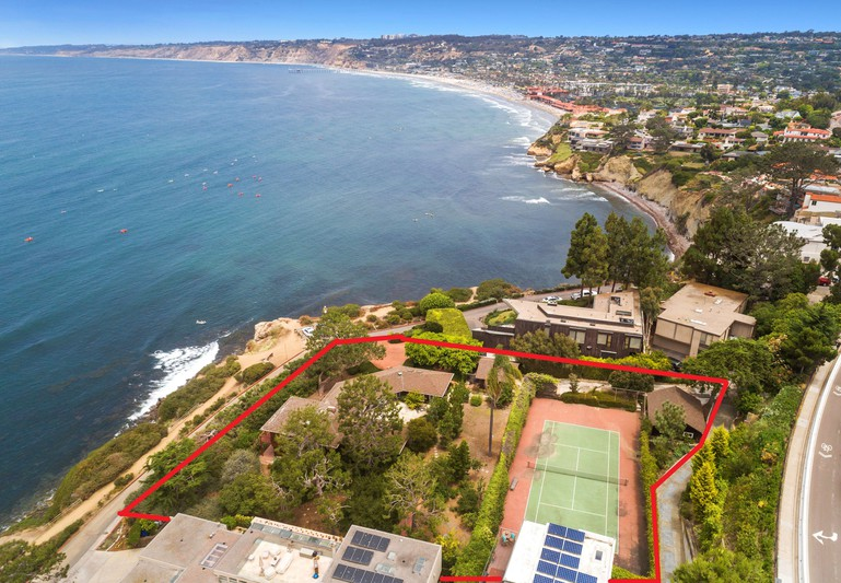 1555 Coast Walk -  La Jolla, CA 92037
