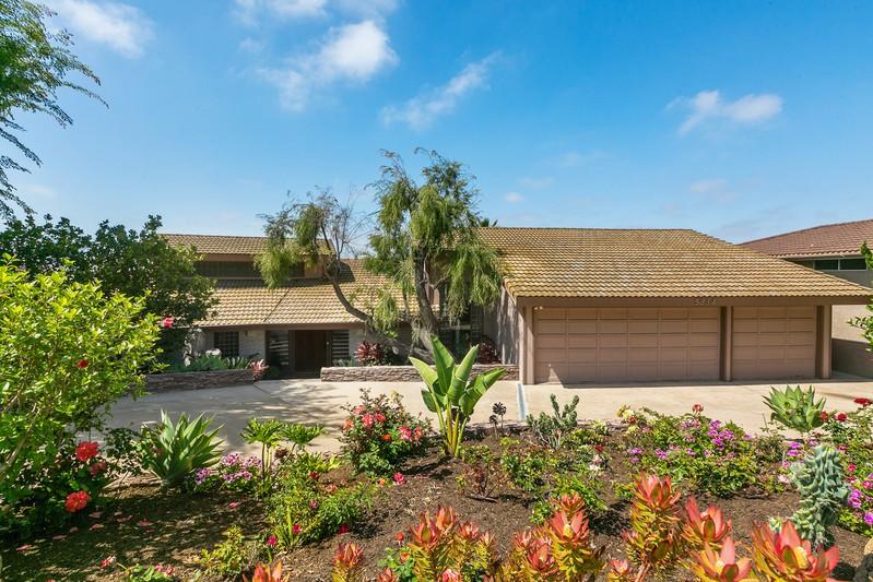 5834 Ridgemoor Dr -  San Diego, CA 92120