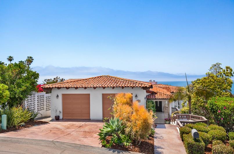 7782 Lookout Drive -  La Jolla, CA 92037