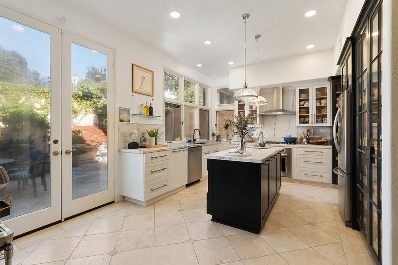 9719 Keeneland Row -  La Jolla, CA 92037