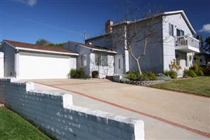 2325 Grandview St -  San Diego, CA 92110