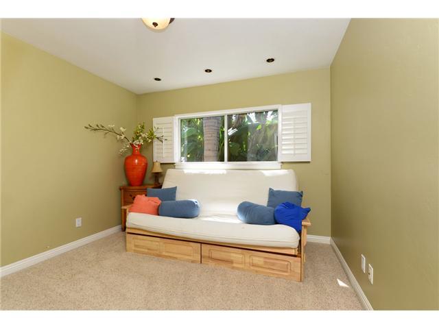 810 Sidonia Street -  Encinitas, CA 92024