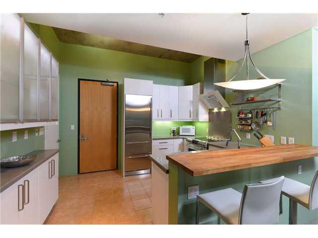 1050 Island Avenue -  San Diego, CA 92101