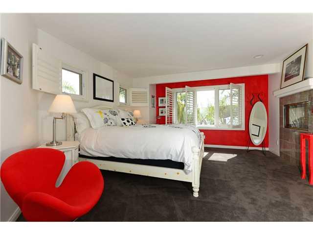 704 Genter Street -  La Jolla, CA 92037