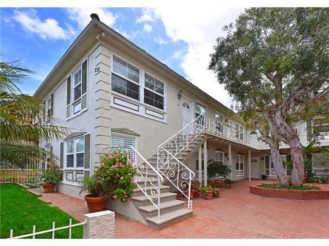 215 Bonair Street -  La Jolla, CA 92037
