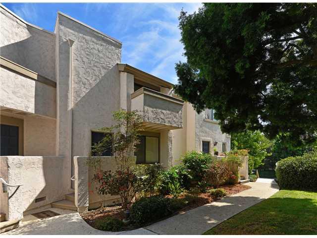 8462 Via Sonoma -  La Jolla, CA 92037