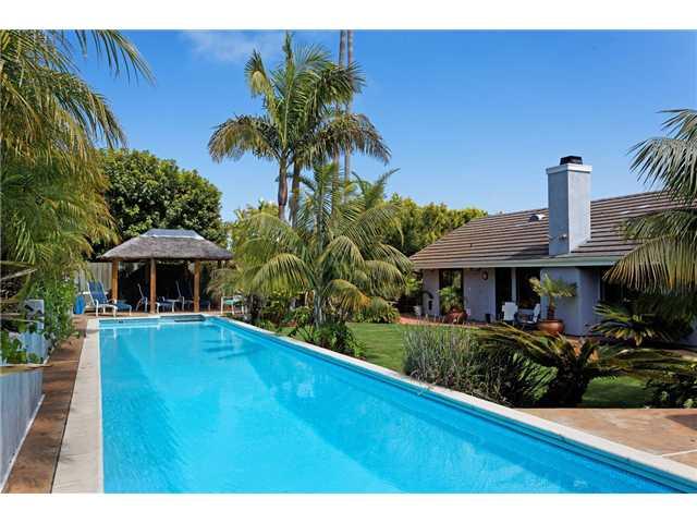 2140 Crownhill Rd -  San Diego, CA 92109