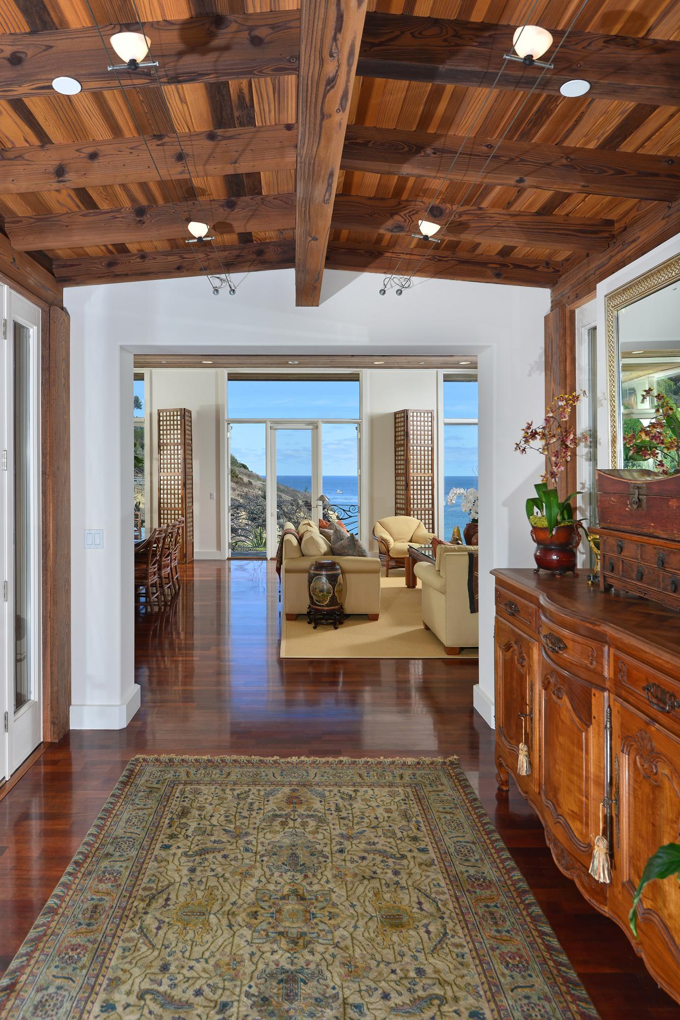 1531 Coast Walk -  La Jolla, CA 92037